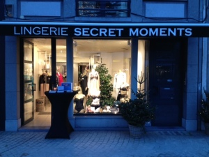 Lingerie Secret Moments